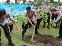 Tangkal Pemanasan Global, Polres Klaten Tanam Ribuan Pohon